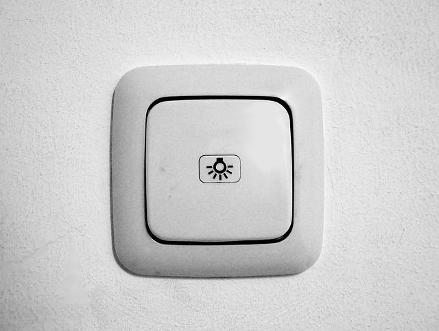 bílý vypínač, symbol světla