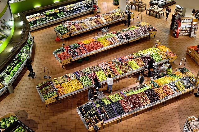 nákupy v supermarketu
