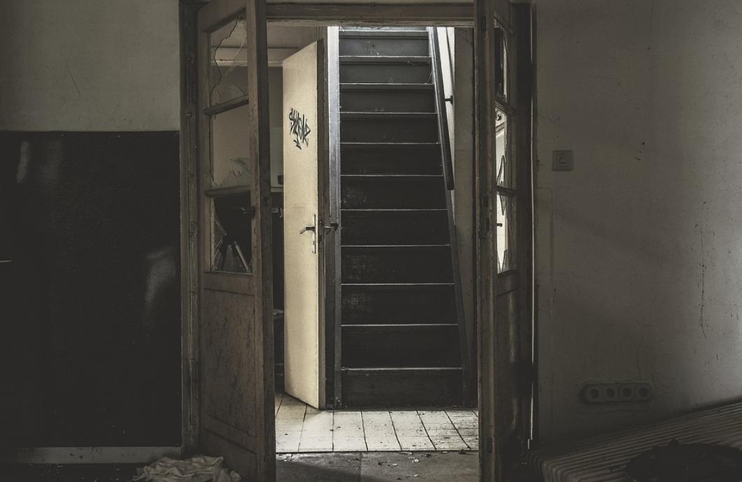 staré schodiště